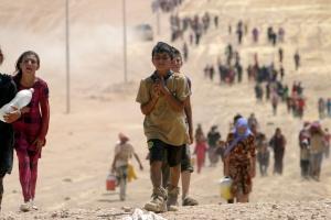 Children flee violence in northern Iraq