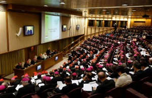 Pope Francis, prelates listen as Cardinal Erdo addresses morning session of synod